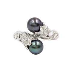 18 Karat White Gold Tahitian Pearl and Diamond Toi et Moi Bypass Ring