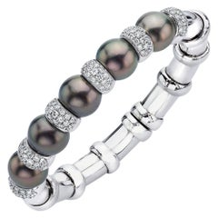 18 Karat White Gold Tahitian Pearl Bangle, 2 Carat Diamond Rondelles