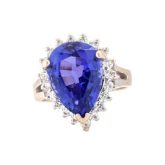 18 Karat White Gold Tanzanite and Diamond Cocktail Ring