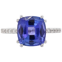 18 Karat White Gold Tanzanite and Diamond Ring