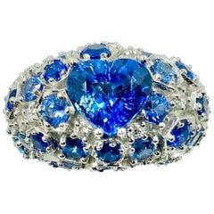 18 Karat White Gold Tanzanite, Sapphires and Diamonds Italian Ring