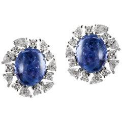 18 Karat White Gold Tanzanite White Diamond Stud Earrings