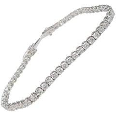 18 Karat White Gold Tennis Bracelet with 55 Round Diamonds 5.40 Carat