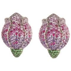 18 Karat White Gold Tulips Stud Earrings