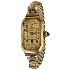 18 Karat White Gold Vintage 1920s Hand-Winding Swiss Made Cocktail Watch