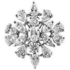 18 Karat White Gold White Diamond Cocktail Ring