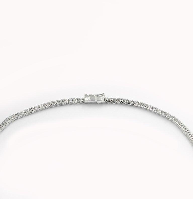 Contemporary 18 Karat White Gold White Diamond Garavelli Tennis Necklace For Sale