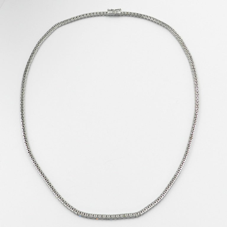 18 Karat White Gold White Diamond Garavelli Tennis Necklace In New Condition For Sale In Valenza, IT
