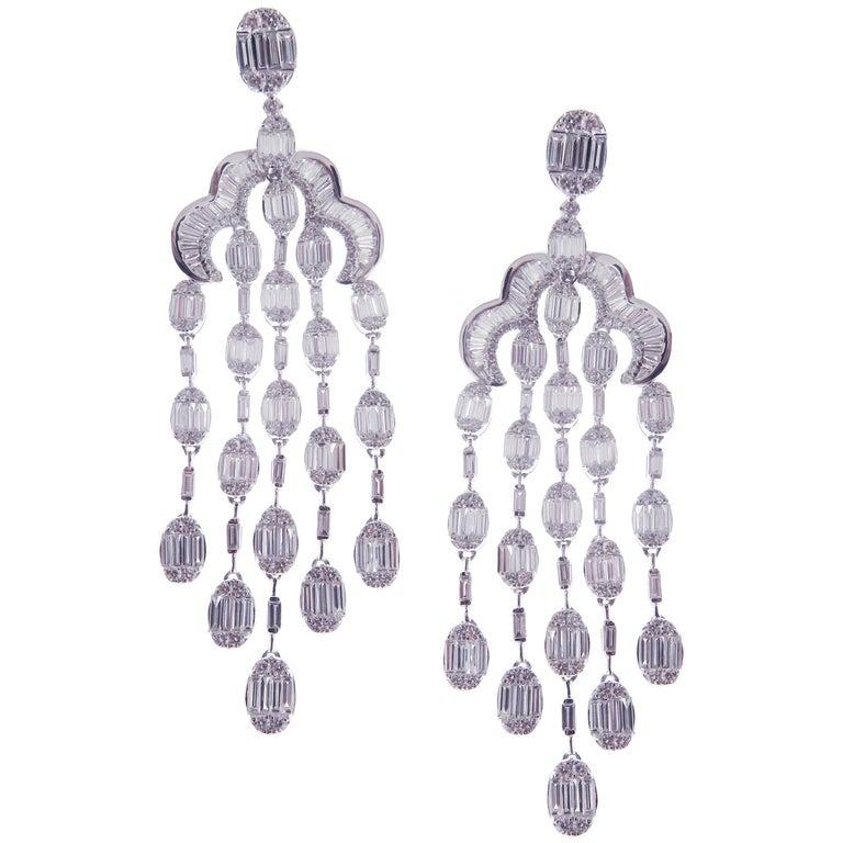 18 Karat White Gold White Diamond Oval Baguette Chandelier Dangling Earring For Sale