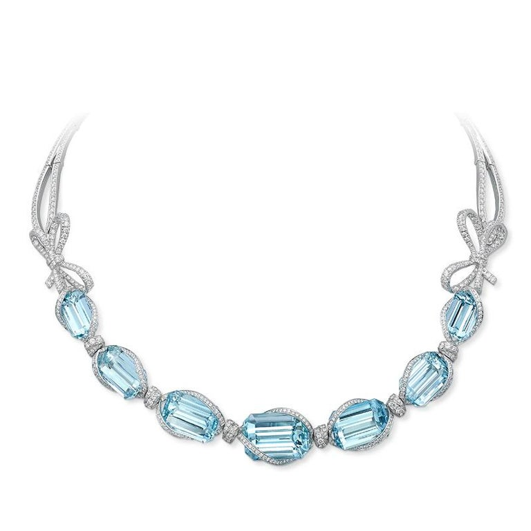 Women's 18 Karat White Gold, White Diamonds and Aquamarine Necklace and Earrings For Sale