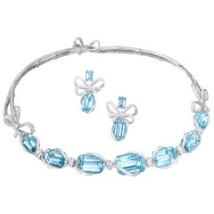 18 Karat White Gold, White Diamonds and Aquamarine Necklace and Earrings