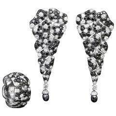 18 Karat White Gold White Diamonds and Black Diamonds Earrings and Cocktail Ring