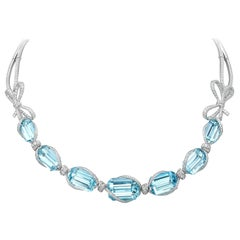 18 Karat White Gold, White Diamonds and Brazilian Aquamarine Necklace