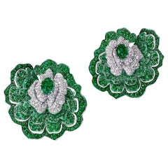 18 Karat White Gold, White Diamonds and Emeralds Earrings