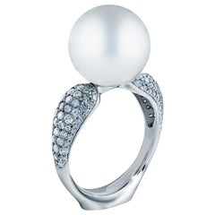 18 Karat White Gold White South Sea Pearl and 1.05 Carat Diamonds Cocktail Ring