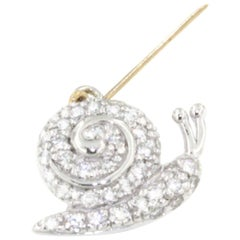 18 Karat White Gold with White Diamonds Brooch