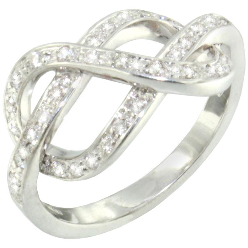 18 Karat White Gold with White Diamonds Ring