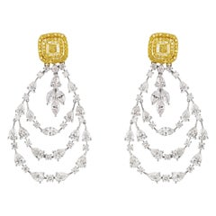 18 Karat White Gold Yellow and White Diamond Dangle Earring