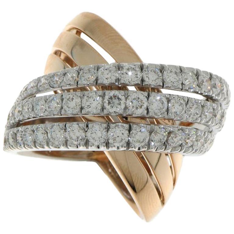 18 Karat Yellow and White Gold 2.90 Carat Diamonds Cocktail Ring