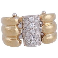 18 Karat Yellow and White Gold with 0.46 Carat Pavé Diamonds Ring