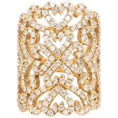 18 Karat Yellow God Ring Set with Diamonds Lace Motif Made in Italy
