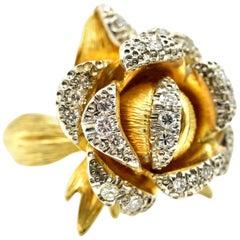 18 Karat Yellow Gold, 0.50 Carat Round Diamond Flower Cocktail Ring