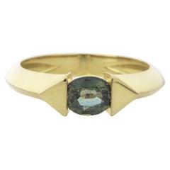 18 Karat Yellow Gold 0.70 Carat Unheated Green Sapphire Oval Cut Stacking Ring
