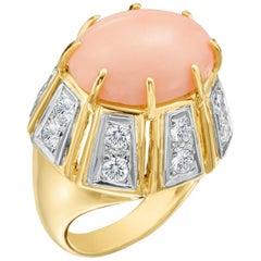 18 Karat Yellow Gold 14.57 Carat Angel Skin Coral Fashion Ring