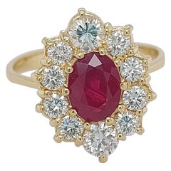 18 Karat Yellow Gold 1.71 Carat Ruby Ring with Diamonds