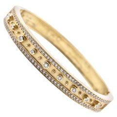 18 Karat Yellow Gold 2.00 Carat Diamond Ornate Bangle Bracelet