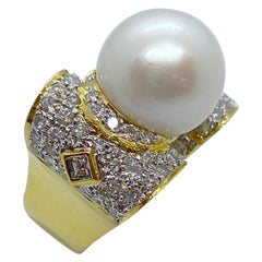 18 Karat Yellow Gold, 2.04 Carat Diamond and South Sea Pearl Ring