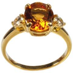 18 Karat Yellow Gold 2.10 Carat Yellow Citrine and Diamond Ring