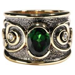 18 Karat Yellow Gold 2.5 Carat Tourmaline and Diamond Cigar Band Ring US Size 6