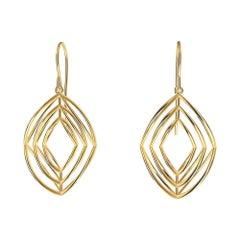 18 Karat Yellow Gold 3 Rhombus Earrings