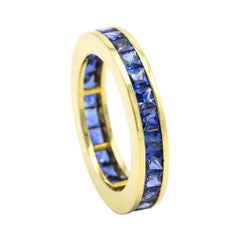18 Karat Yellow Gold 3.64 Carat Sapphire Princess-Cut Full Band Ring