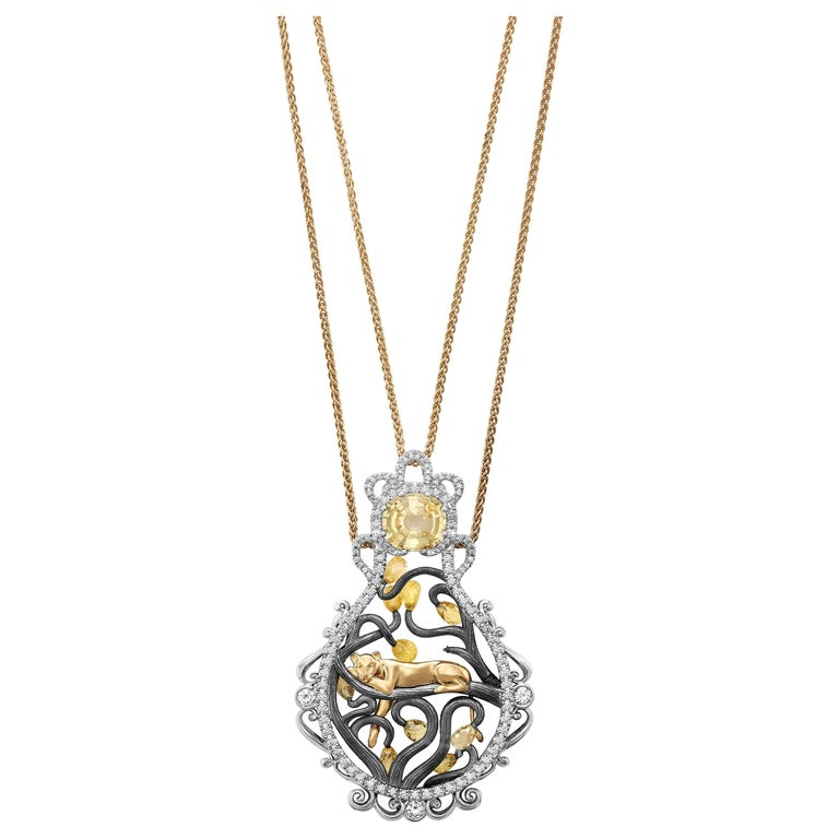 18 Karat Yellow Gold 3.8 Carat Sapphire Briolettes Diamonds Pendant Necklace For Sale