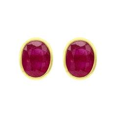 18 Karat Yellow Gold 4.76 Carat Oval-Cut Ruby Stud Earrings