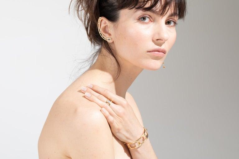 18 Karat Yellow Gold 6 Brilliant Cut Sapphires 'Right Ear' Earring, Ear Cuff For Sale 2