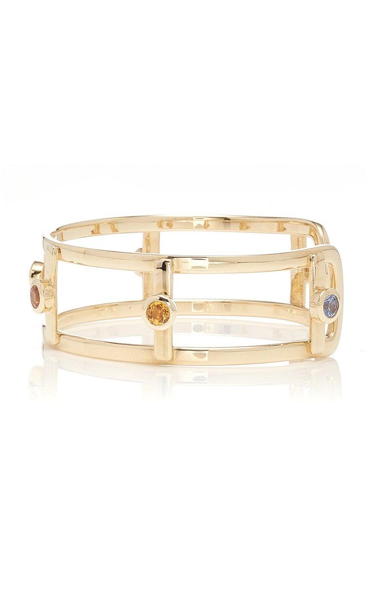 Contemporary 18 Karat Yellow Gold 6 Natural Sapphires Bangle Bracelet For Sale