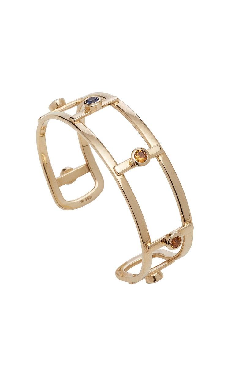Round Cut 18 Karat Yellow Gold 6 Natural Sapphires Bangle Bracelet For Sale