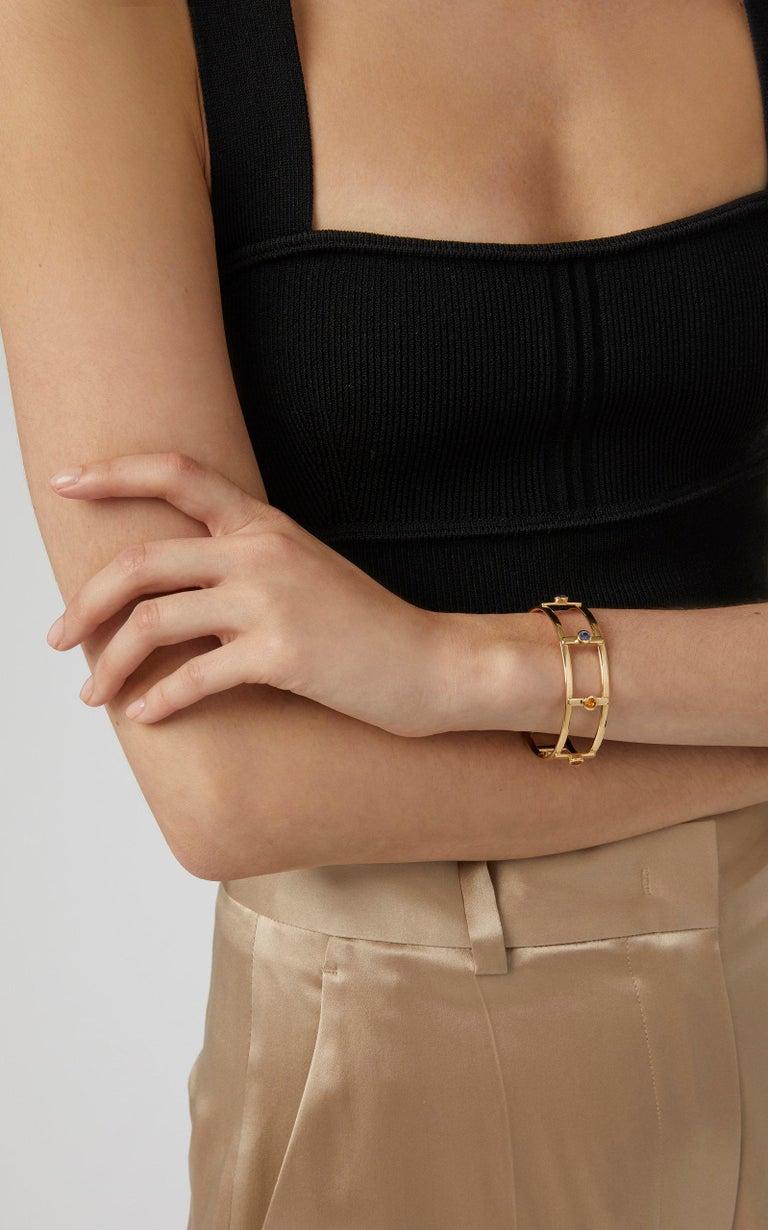 Women's or Men's 18 Karat Yellow Gold 6 Natural Sapphires Bangle Bracelet For Sale