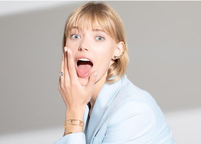 18 Karat Yellow Gold 6 Natural Sapphires Bangle Bracelet For Sale 1