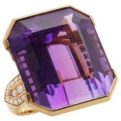 18 Karat Yellow Gold 66 Carat Amethyst and Diamond Large Bespoke Ring