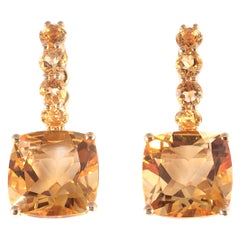 18 Karat Yellow Gold 9.10 Carat Citrine Earrings