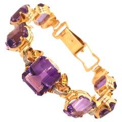 18 Karat Yellow Gold Amethyst Bracelet