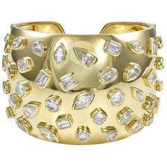 18 Karat Yellow Gold and 24.43 Diamond Bangle