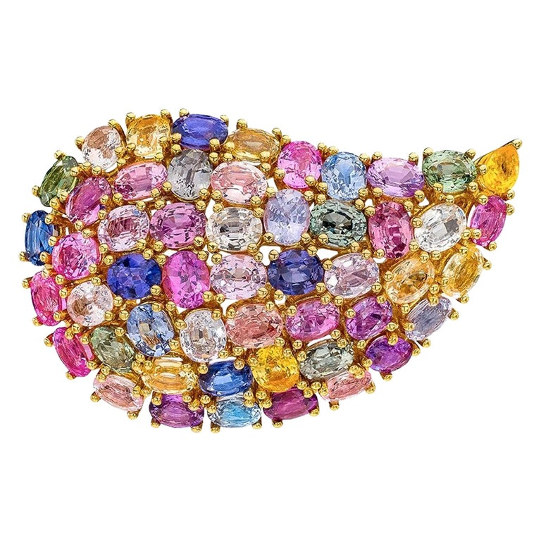 18 Karat Yellow Gold and 24.66 Carat Multicolored Sapphire Paisley Brooch For Sale