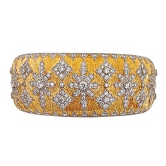 18 Karat Yellow Gold and 6.71 Carat Diamond Renaissance Style Cuff Bracelet