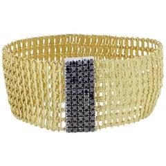18 Karat Yellow Gold and Black Diamonds Clasp Soft Garavelli Bracelet