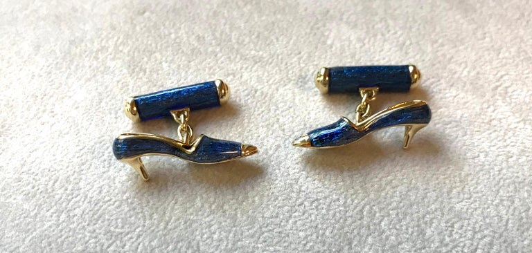 18 Karat Yellow Gold and Blue Enamel Shoes Cufflinks In New Condition For Sale In Milano, IT